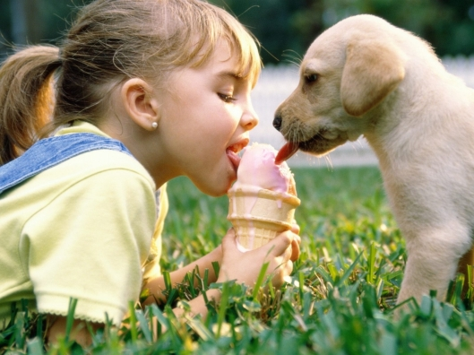 Girl-And-Puppy-Eat-Ice-Cream-Wallpaper