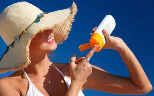 How-to-Take-Care-of-Skin-in-Summer-Season